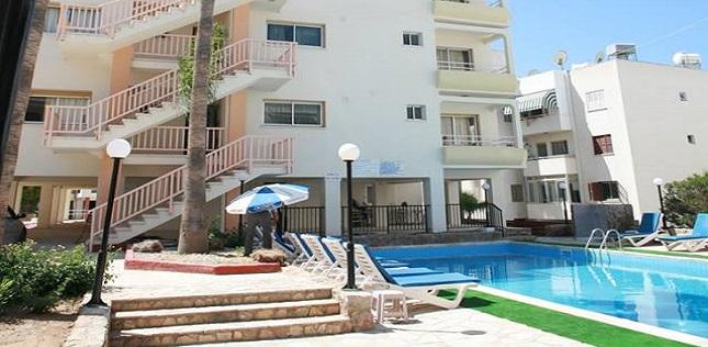 paphos-new-york-plaza-hotel-apartments